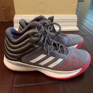 Adidas basketball high tops youth sz 6 LIKE NEW!